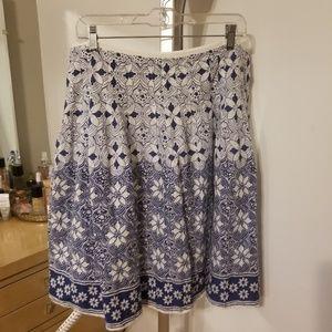 Dresses & Skirts - New York & Co Blue and White Skirt - Size 14